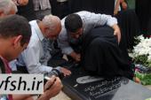 شهید گمنامی که نامدار شد./ فیلم لحظه اعلام خبر شناسایی به مادر شهید+ وصیتنامه شهید